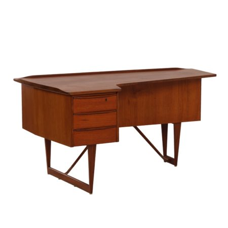 Teak Desk by Peter Løvig Nielsen for Hedensted Mobelfabrik, 1960s | Mid Century Design