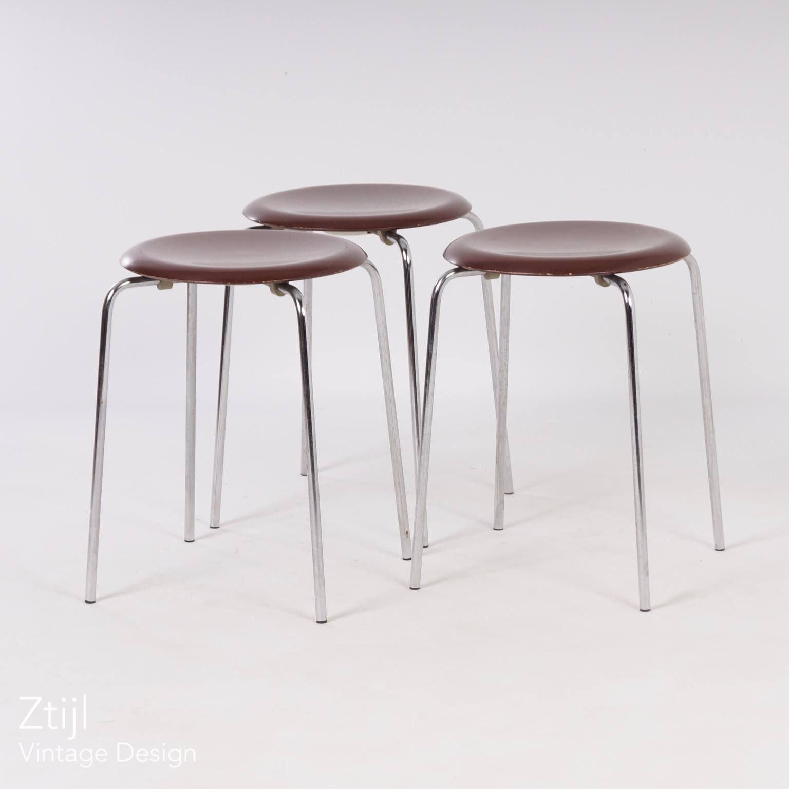 Vintage Danish Dot Stool 3170 By Arne Jacobsen For Fritz