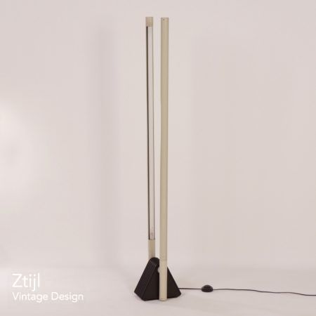 Sistema Flu lamp by Rodolfo Bonetto from Luci, Italy – 1981.