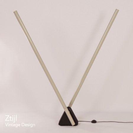 Sistema Flu lamp by Rodolfo Bonetto from Luci, Italy – 1981.