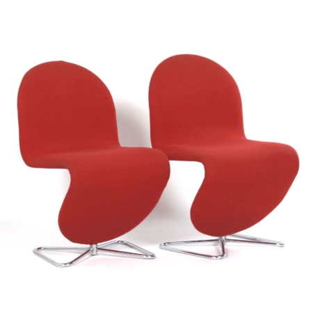 System 123 Chairs by Verner Panton for Fritz Hansen, 1970s, Set of 2 in Red Fabric | Mid Century Design