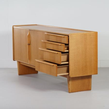 DE02 Sideboard from the Oak series by Cees Braakman for Pastoe, 1950s