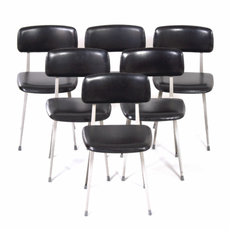 Black Result Chairs by Friso Kramer and Wim Rietveld for Ahrend de Cirkel, 1960s | 6 chairs | Mid Century Design