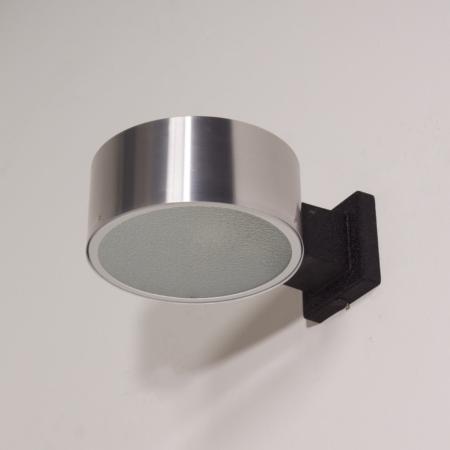 Raak wall lamp model C-1506 in Aluminum and Glass, 1960s (1)