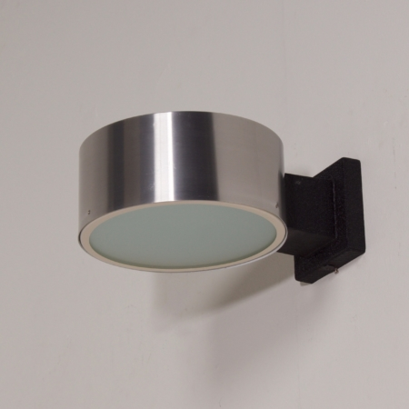 Raak wall lamp model C-1506 in Aluminum and Glass, 1960s