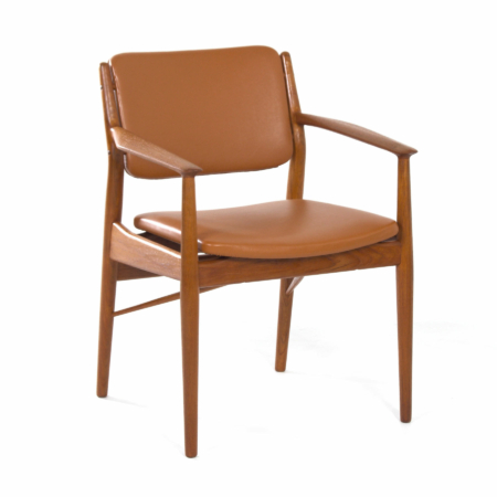 Danish Armchair by Arne Vodder for Sibast, 1960s – Reupholstered with Brown Leather | Mid Century Design