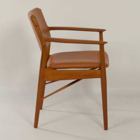Danish Armchair by Arne Vodder for Sibast, 1960s – Reupholstered with Brown Leather