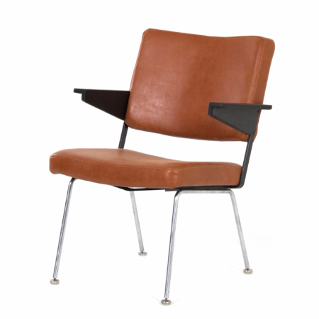 Gispen 1445 Armchair by Andre Cordemeyer for Gispen, 1960s – New Brown Leather and Ash Wood | Mid Century Design